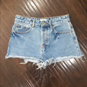 F21 high rise button up shorts